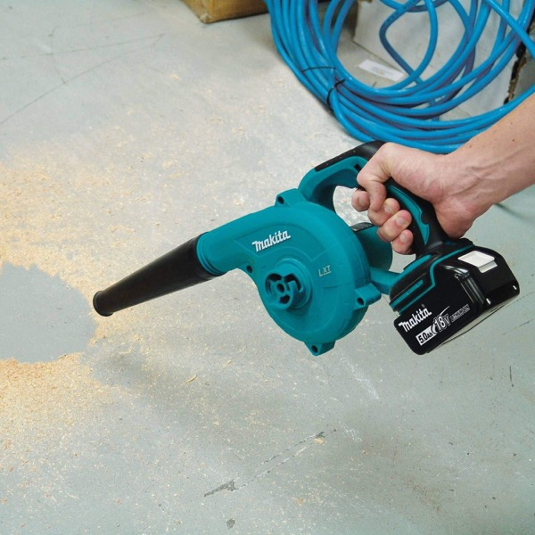 20V cordless leaf blower reviews - opening image of review category technology